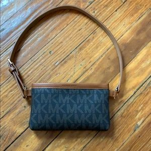 Michael Kors belt with pouch